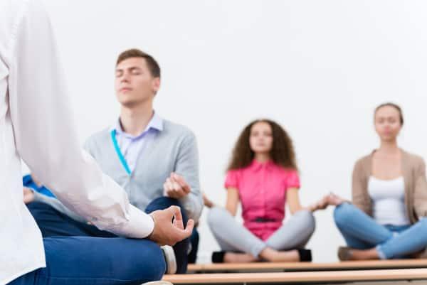 מדיטציה קבוצתית בתל אביב